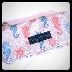 Bungalow Seahorse Wallet